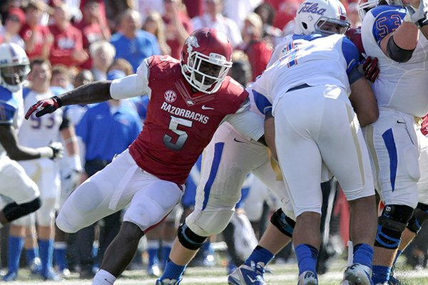 Arkansas freshman linebacker Otha Peters (5) was one of three Razorbacks defenders named to the SEC all-Freshman Team on Wednesday.