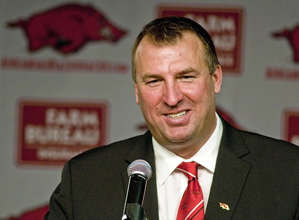 arkansas-coach-bret-bielema-completed-his-first-coaching-staff-with-the-hiring-of-wide-receivers-coach-michael-smith
