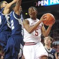 NWA Media/ANDY SHUPE -- Arkansas freshman guard Anthlon Bell (5) against Longwood on Sunday, Nov. 18...