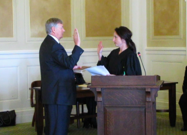 judge-rhonda-wood-swears-in-electoral-college-member-rep-jonathan-barnett-monday-at-the-state-capitol