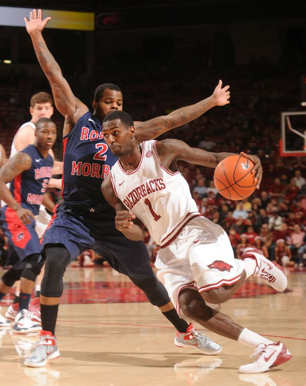 Arkansas junior guard Mardracus Wade ...