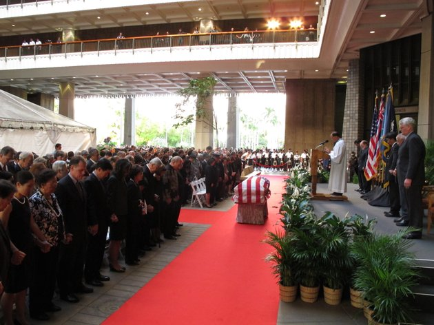 family-members-state-lawmakers-and-members-of-the-public-attend-a-visitation-service-for-us-sen-daniel-inouye-at-the-hawaii-state-capitol-in-honolulu-on-saturday-dec-22-2012