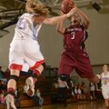 Springdale's Baiyinnah Taylor, right, makes a shot in front of Webb City (Mo.) defender Mikaela Burg...