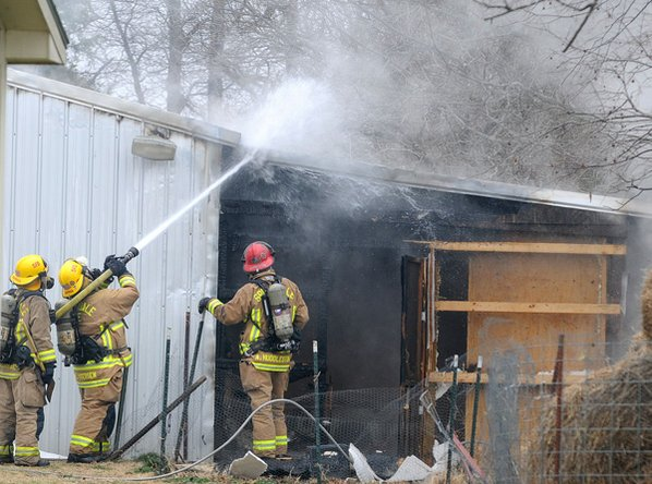 Springdale firefighters douse hot spots ...