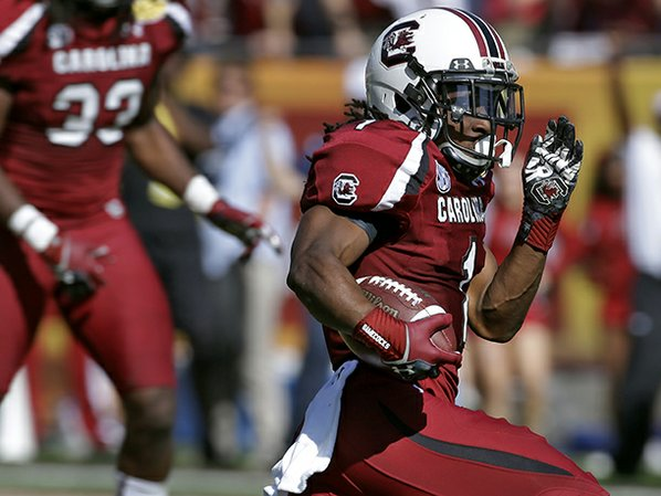 South Carolina's Ace Sanders (1) ...