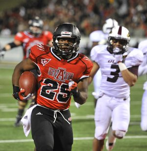 Arkansas State running back David Oku (25) still remembers a fumble against Louisiana-Lafayette in October that could have cost the Red Wolves.