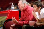 Tom Collen's No. 23 Razorbacks opened SEC play with a 50-47 loss Thursday night at Auburn.