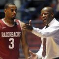 South Carolina defeated Arkansas 75-54 on Saturday and Mike Anderson fell to 1-13 in road games as t...