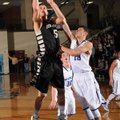 Nick Smith, a Bentonville senior, scores as Springdale Har-Ber junior Brandon Buccheri defends Tuesd...