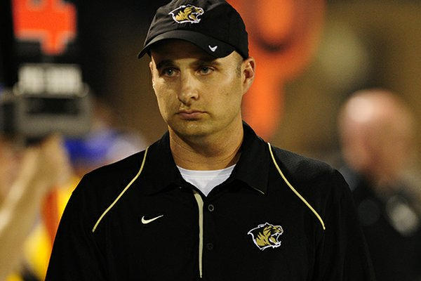Bentonville assistant head coach Barry Lunney Jr. has interviewed for an assistant coaching job at Arkansas.