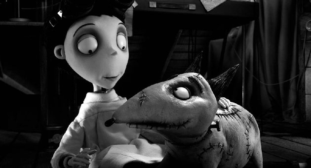 young-victor-frankenstein-successfully-reamimates-his-dog-sparky-in-tim-burtons-frankenweenie