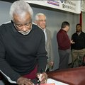 Former Arkansas men's basketball Coach Nolan Richardson urges everyone to show patience with Razorba...