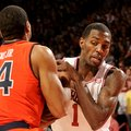 NWA Media/ANTHONY REYES -- Arkansas junior Mardracus Wade (1) gets tied up with Auburn Brian Greene ...
