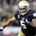 FILE - In this Oct. 20, 2012, file photo, Notre Dame linebacker Manti Te'o chases the action during ...