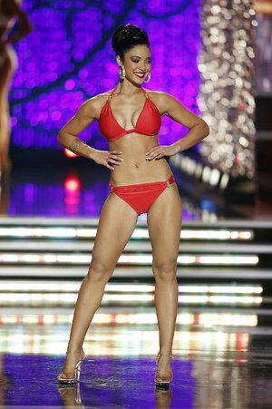 Miss Iowa Mariah Cary did a better job in the Miss America swimsuit competition than the interview portion, to put it bluntly.