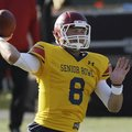Senior Bowl South Squad quarterback Tyler Wilson of Arkansas (8) throws a pass during Senior Bowl fo...