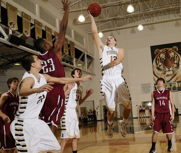 Bentonville's Austin Heard takes the ...