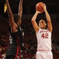NWA Media/ANDY SHUPE -- Arkansas sophomore forward Jhasmin Bowen (42) South Carolina sophomore forwa...