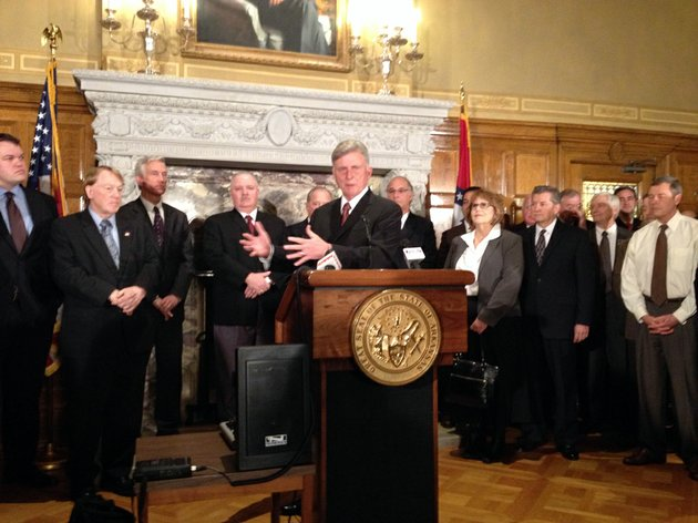 gov-mike-beebe-announced-tuesday-jan-29-2013-that-a-1-billion-steel-mill-is-planned-for-mississippi-county
