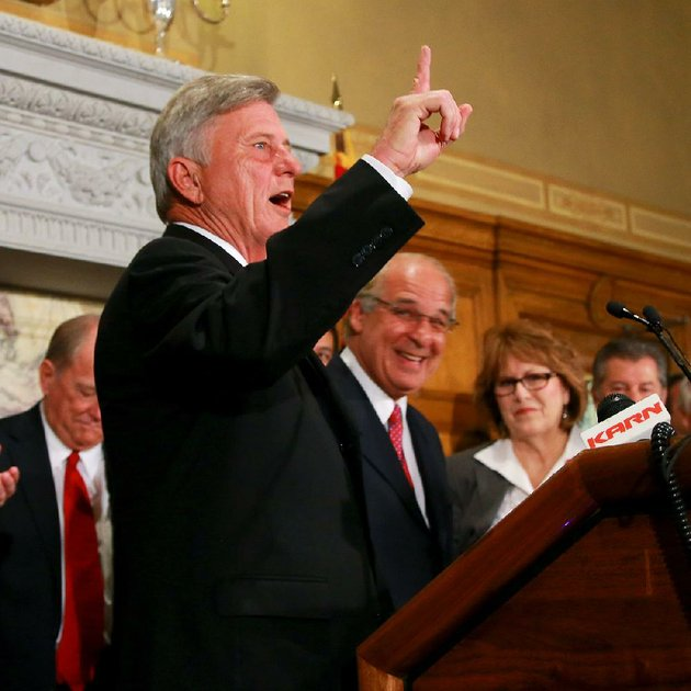 12913-arkansas-democrat-gazettestephen-b-thornton-gov-mike-beebe-left-and-big-river-steel-ceo-john-correnti-right-talk-tuesday-morning-at-the-state-capitol-during-the-announcement-of-the-11-billion-big-river-steel-plant-to-be-built-in-osceola-the-superproject-which-could-begin-construction-as-early-as-august-will-create-525-high-paying-jobs