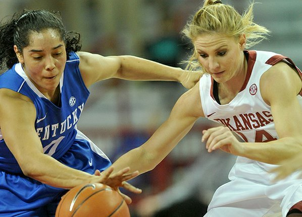 Kentucky defender Jennifer O'Neill knocks ...