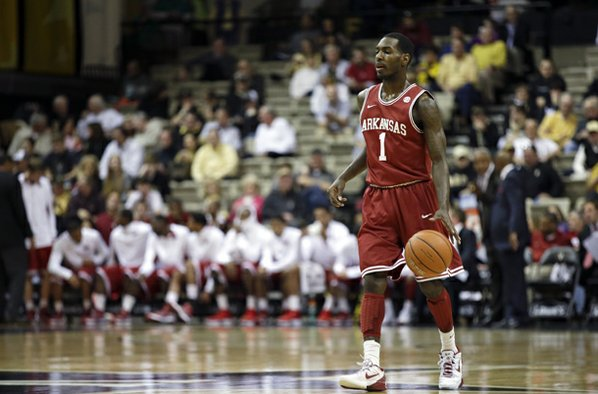 Arkansas guard Mardracus Wade brings ...