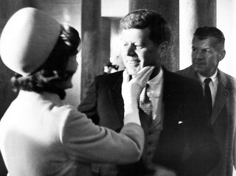john-f-kennedy-and-jackie-kennedy-are-pictured-in-this-example-of-a-photo-to-be-featured-in-an-upcoming-exhibit-in-argenta