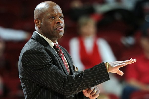 Mike Anderson will face Missouri for the first time since leaving the Tigers to coach Arkansas following the 2011 season.