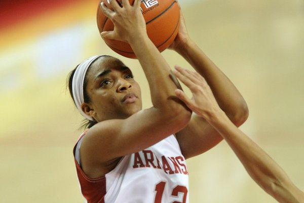 Arkansas freshman Dominique Wilson is averaging 14.3 points in her last three games.