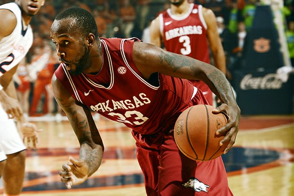 Arkansas' Marshawn Powell drives against Auburn in the first half of their NCAA college basketball game, Wednesday, Feb. 13, 2013, in Auburn, Ala. (AP Photo/Todd J. Van Emst)