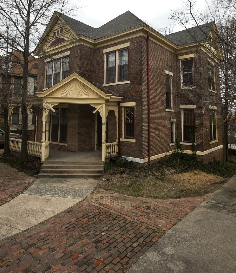 Victorian Carriage House: Victorian-era Houses Set To Be Demolished