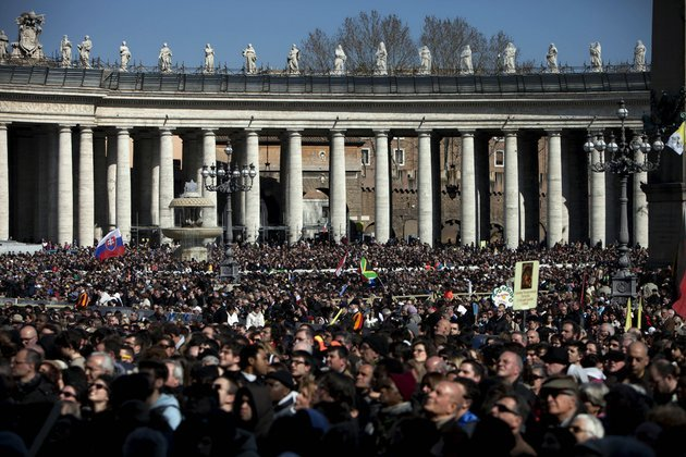 faithful-gather-during-pope-benedict-xvis-last-general-audience-in-st-peters-square-at-the-vatican-on-wednesday-feb-27-2013-benedict-xvi-basked-in-an-emotional-sendoff-wednesday-at-his-final-general-audience-in-st-peters-square-recalling-moments-of-joy-and-light-during-his-papacy-but-also-times-of-great-difficulty-he-also-thanked-his-flock-for-respecting-his-decision-to-retire