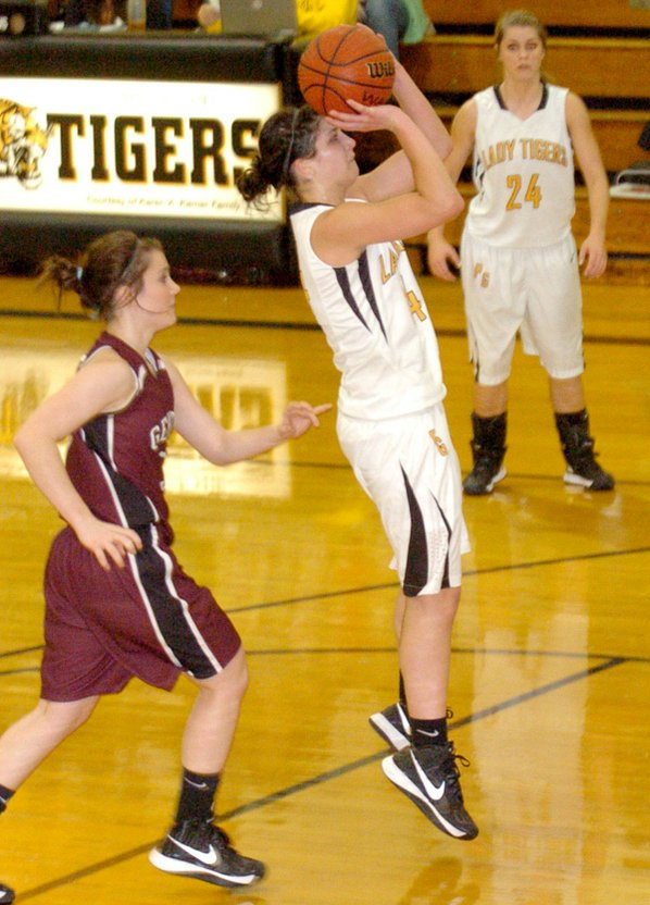 Lacey Beeks, Prairie Grove junior, ...