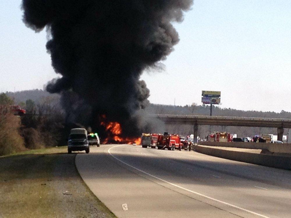 Fatal semi wreck blocks I-40 west, snarls traffic through