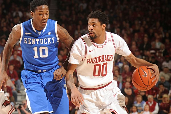 "Arkansas coach Mike Anderson said Rashad ""Ky"" Madden (00) may have the opportunity for a breakout season."