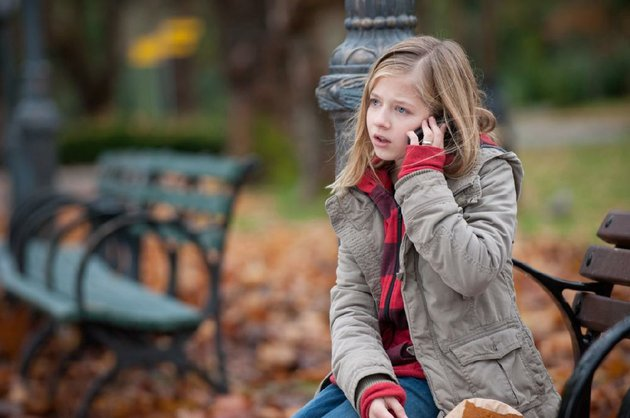 young-isabel-jackie-evancho-takes-a-call-from-her-on-the-lam-dad-a-former-radical-in-robert-redfords-political-thriller-the-company-you-keep