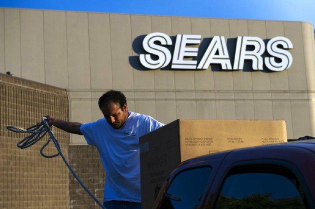 Sears closing Little Rock store; liquidation sale set