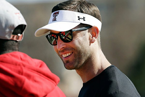 130401112224-kliff-kingsbury-single-image-cut_r600x400
