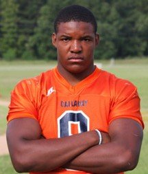 Defensive lineman Breeland Speaks said he plans to make an official visit to Arkansas.