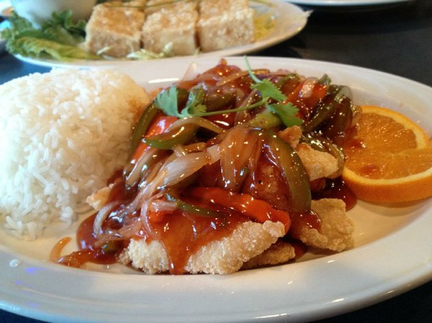ca-chua-ngot-house-special-fi-sh-fillet-with-orange-features-fried-fish-smothered-in-onions-and-orange-sauce-at-mikes-cafe-chinese-and-vietnamese-cuisine-5501-asher-ave