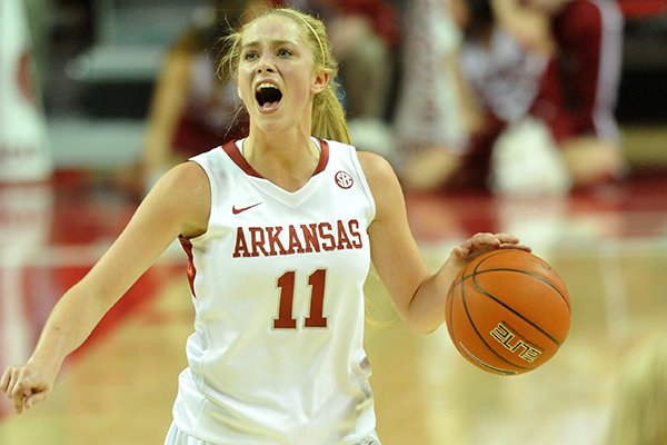 Calli Berna scored 11 points in Arkansas' exhibition win Tuesday.