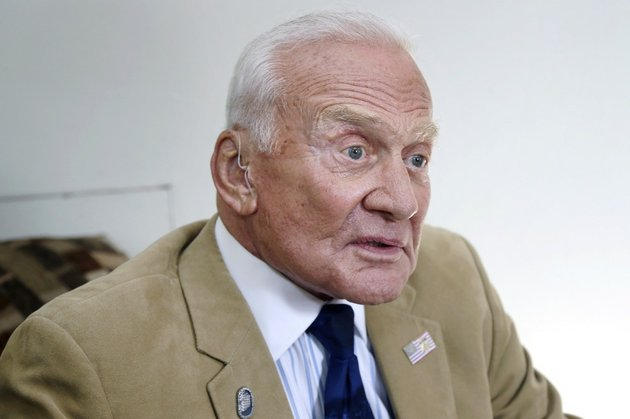 astronaut-buzz-aldrin-is-interviewed-before-a-speaking-engagement-for-the-university-of-arkansas-clinton-school-of-public-service-in-little-rock-on-wednesday-aug-14-2013
