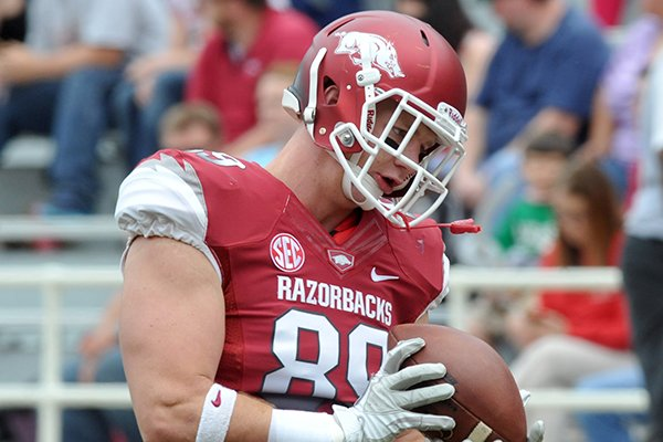 Mitchell Loewen was Arkansas' first team tight end following spring practices.