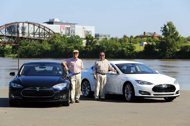 arkansas-democrat-gazettestaton-breidenthal-81413-john-mills-left-and-richard-tripodi-both-of-little-rock-with-their-tesla-model-s-electric-sedans