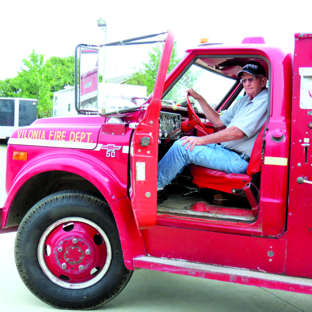 don-snow-of-vilonia-admires-the-citys-first-firetruck-which-was-purchased-new-in-1969-when-he-became-the-citys-first-fire-chief