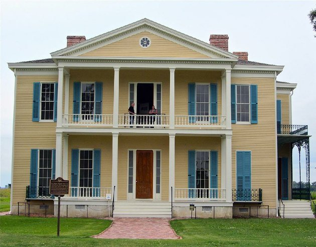lakeport-plantation-built-just-before-the-civil-war-has-been-restored-by-arkansas-state-university