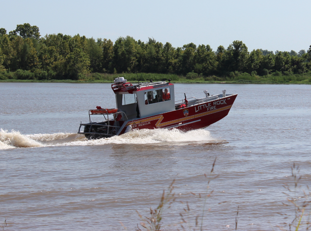 a-little-rock-fire-department-boat-returns-after-a-search-for-a-missing-fisherman-was-suspended-tuesday-morning