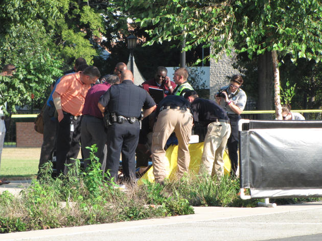 authorities-work-to-remove-a-mans-body-after-it-was-found-tuesday-morning-in-macarthur-park