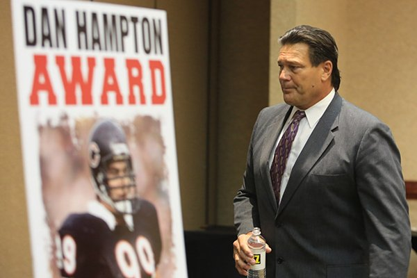 Dan Hampton, former Arkansas Razorback and the NFL's Chicago Bears defensive end at the Little Rock Touchdown Club Tuesday.