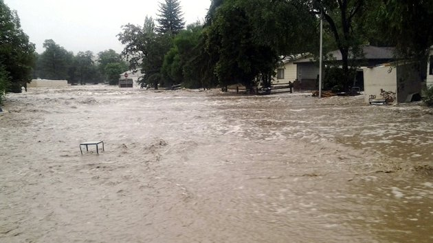 this-image-provided-by-jason-stillman-shows-flooding-in-lyons-colo-on-thursday-sept-12-2013-boulder-county-sheriff-joe-pelle-said-the-town-of-lyons-was-completely-cut-off-because-of-flooded-roads